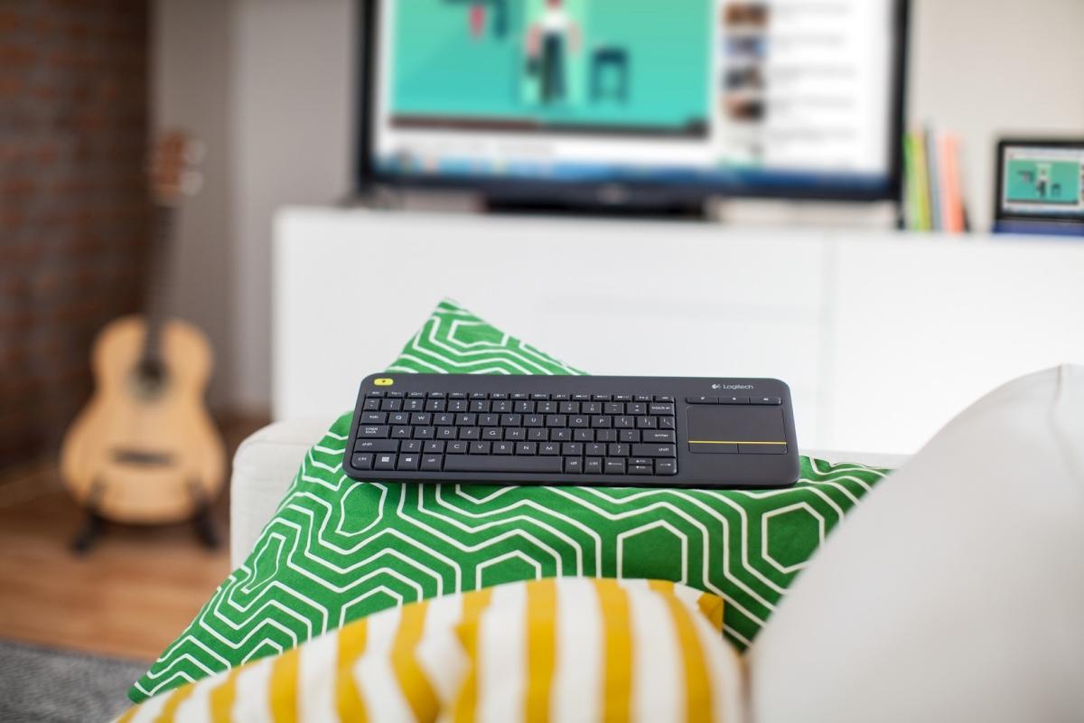 Logitech zapowiada nową klawiaturę K400 Plus